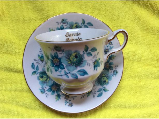 Bone china cup & saucer sets