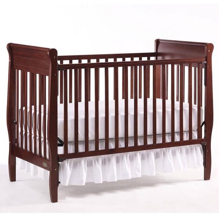 Graco 3 In 1 Convertible Crib: Graco Classic Crib, 3 In 1 Convertible Central Nanaimo
