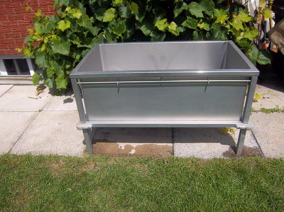 Stainless Steel Elevated Dog Grooming Sink Orleans Ottawa