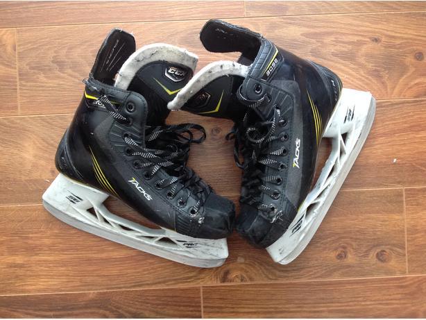 CCM Tack Hockey Skates