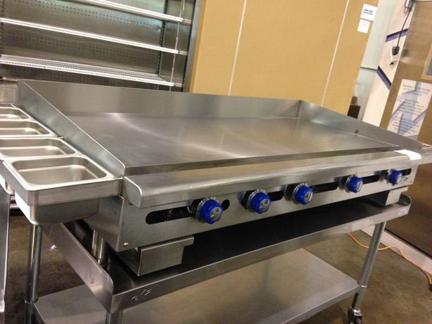 "Imperial 60"" Thermostatic Gas Griddle"