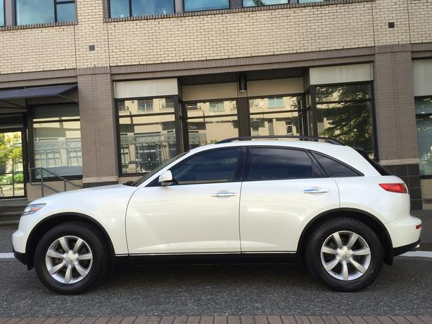 2003 Infiniti FX35 AWD - ON SALE! - LOCAL VEHICLE! - NO ACCIDENTS!