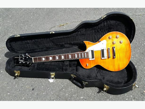 Tokai Love Rock '59 Gibson Les Paul Guitar w/ Hardshell Case