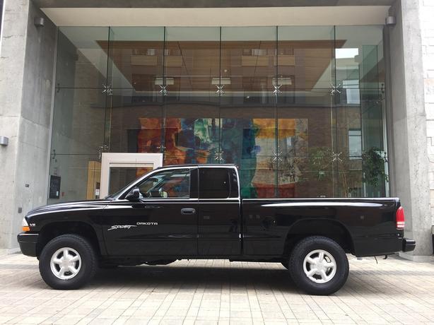 2000 Dodge Dakota Sport 4x4 - ON SALE! - LOCAL VEHICLE!