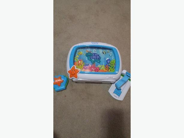 Baby Einstein Aquarium for Crib