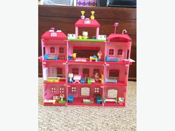 Hello kitty lego house 100 pces north nanaimo nanaimo - Lego hello kitty maison ...