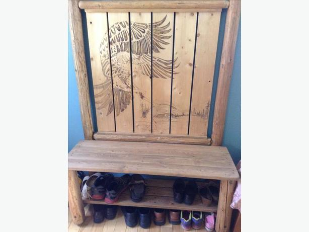Entryway shoe bench