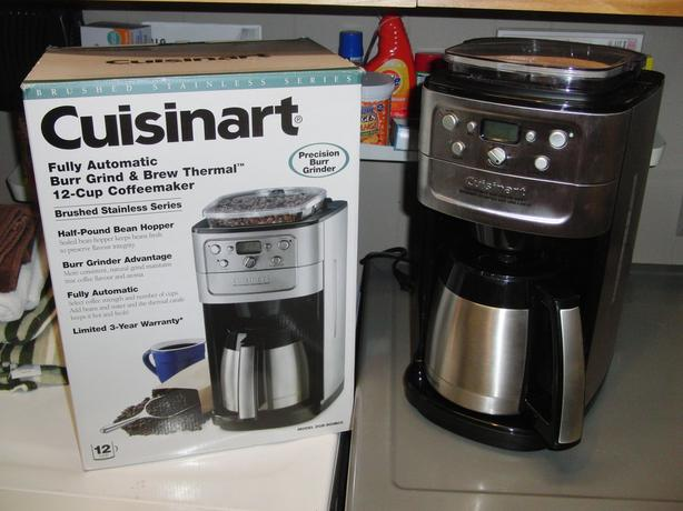 Cuisinart 12 Cup Grinder/Brewer Coffee Maker South Nanaimo, Parksville Qualicum Beach
