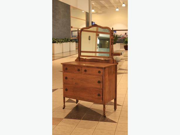 1915 Walnut Dressing Table