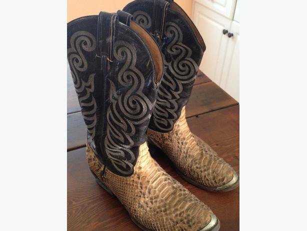 Tony Lama snake skin  boots