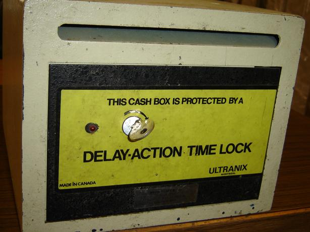 Ultraanix fireSafe with Delay action Time Lock portable