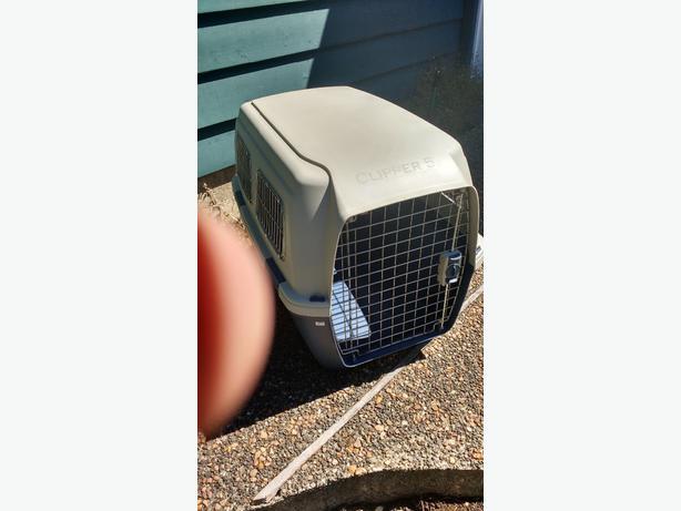 Clipper Cayman dog crate