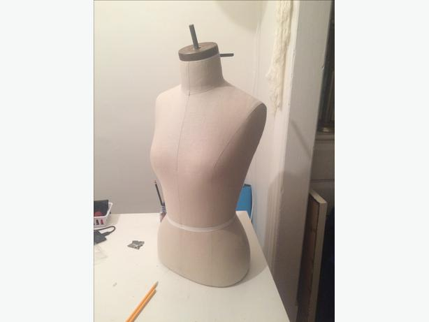 Dressmaker's or Display mannequin