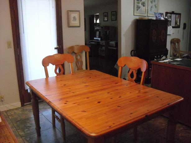 Kitchen Table, Chairs, Hutch Set