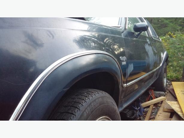 Rare AMC Eagle 2DR Project - 2 Identical 1980 Sedans