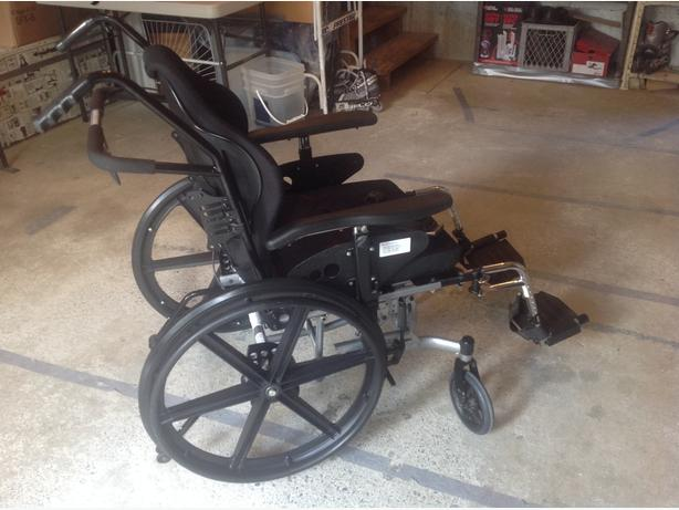 Used 'Reclining/Tilt' Wheelchair needs a new home