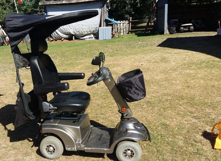 Mobility scooter for sale black creek courtenay comox for Mobility scooters for sale