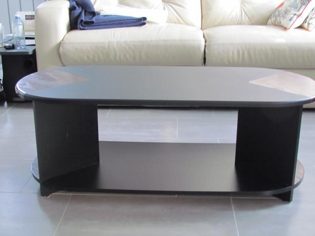 Tv Stand And Matching Coffee Table Outside Ottawa Gatineau Area Ottawa