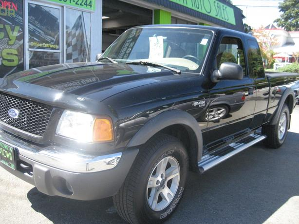 MINT Ford Ranger extra cab 4x4