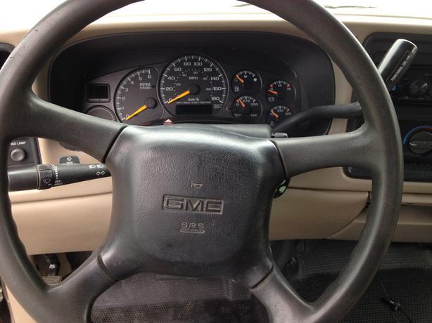 2001 GMC Sierra 1500, 4-Door