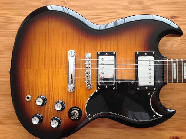 price drop epiphone g 400 sg style electric guitar saanich victoria. Black Bedroom Furniture Sets. Home Design Ideas