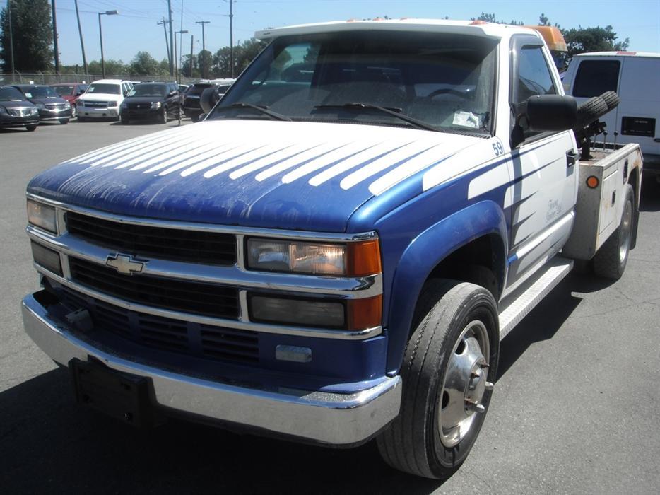 2002 Chevrolet Silverado 3500 Regular Cab 2WD Diesel Tow ...