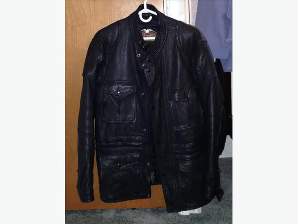 new genuine harley jacket size 42