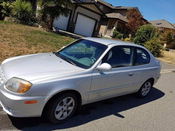 3500 Hyundai Accent Gsm For Sale Surrey Incl White Rock