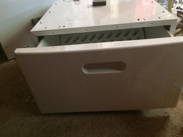 Kenmore washer/dryer pedestals