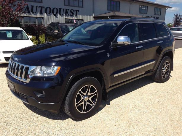 2011 Jeep Grand Cherokee Limited - Fully Loaded V8! Accident Free!!