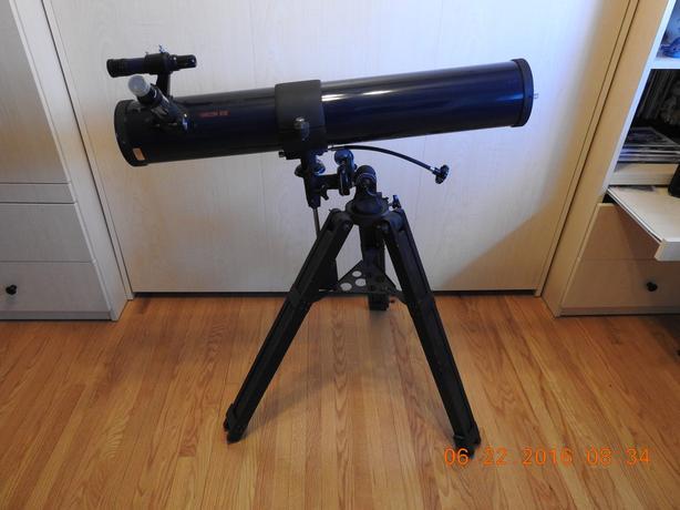 Omcon Vista 811E Newtonian telescope