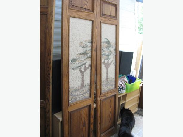 4 folding doors solid oak with embroidered inlay