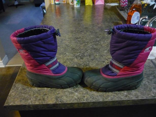 Kids Winter Boots - Sorel Size 3