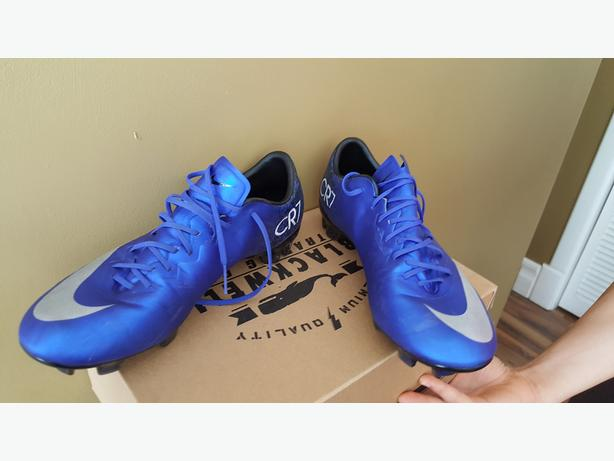 Nike Mercurial Soccer Cleats Size 8.5 US