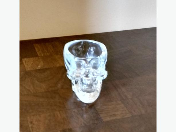 CRYSTAL HEAD VODKA SKULL SHOT GLASS