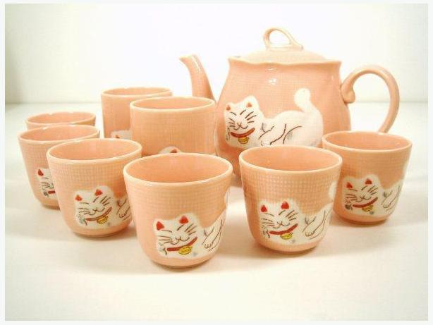 Maneki Neko (Japanese Lucky Cat) 9 Pieces Ceramic Tea Set
