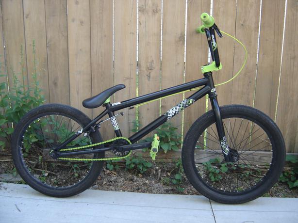 Mirraco Axium Bmx Bike 3 Pc Crank Amp Small Sprocket North