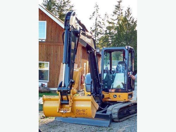 Excavator - Machine and Operator for Hire