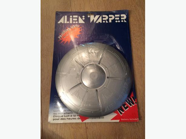Rare Alien Warper Flying Disc