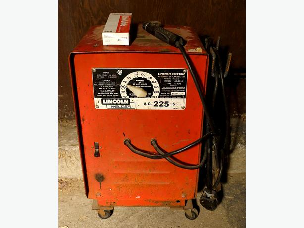 ac 225 lincoln welder. Stick Welder Lincoln Electric Buzz Box AC-225-S Ac 225