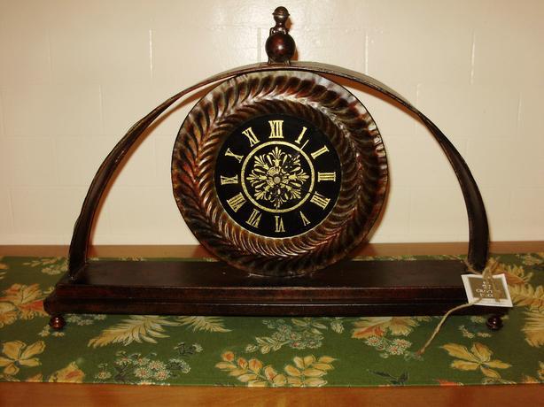 Tin clock