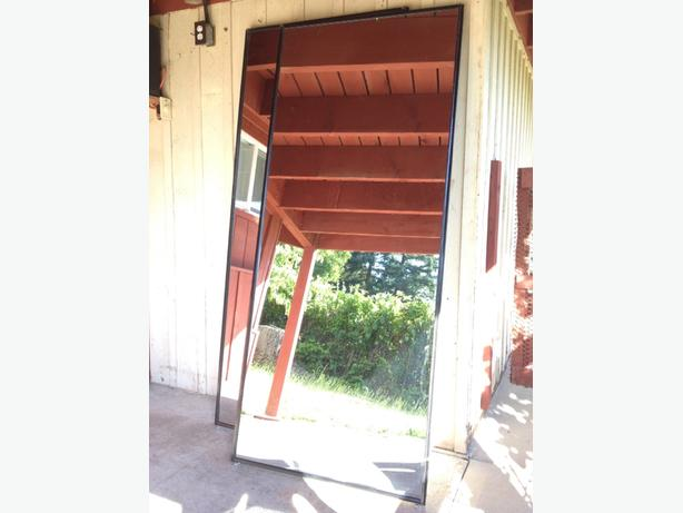 Mirrored Sliding Closet Doors & Tracks