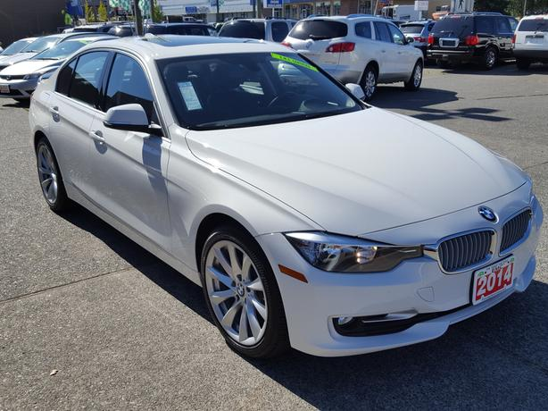 2014 bmw 320i i xdrive reduced outside comox valley comox valley mobile. Black Bedroom Furniture Sets. Home Design Ideas