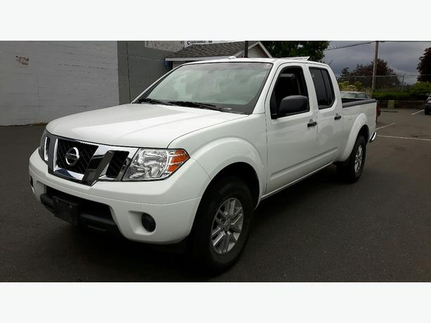 used 2016 nissan frontier sv 4x4 for sale in parksville outside victoria victoria. Black Bedroom Furniture Sets. Home Design Ideas