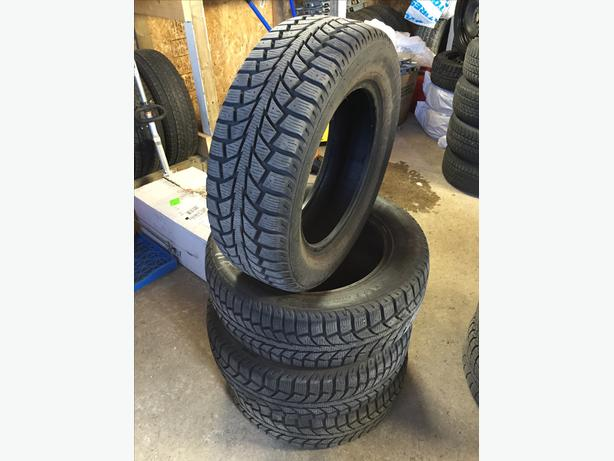 [4] - 195/65/15 - Uniroyal Tiger Paw Ice & Snow II Tires