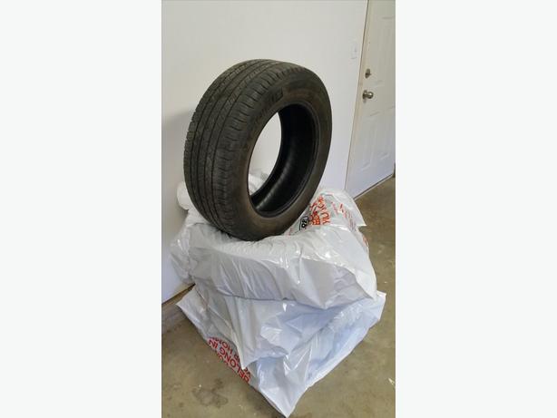 245/60/R18 Michelin's
