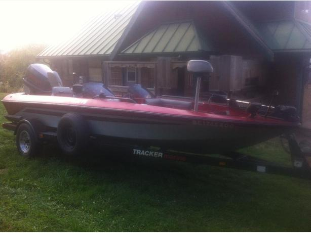 Bass tracker fishing boat