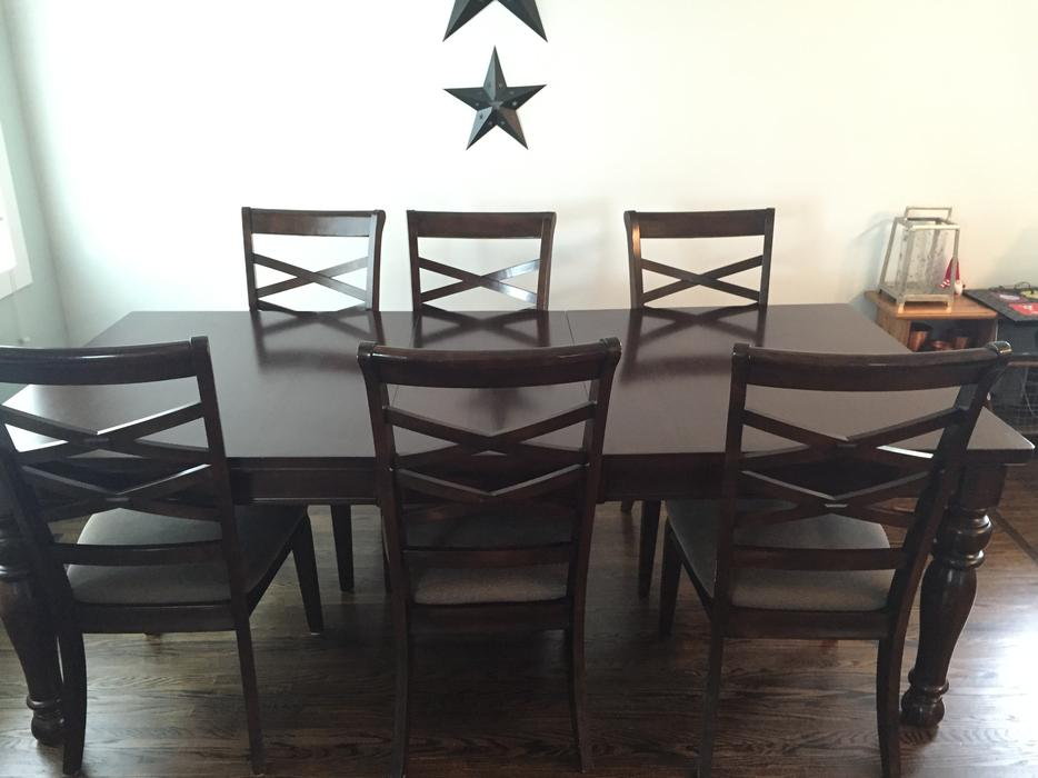 Dining Room Chairs Kijiji Guelph Set Table With Leaf Saskatoon