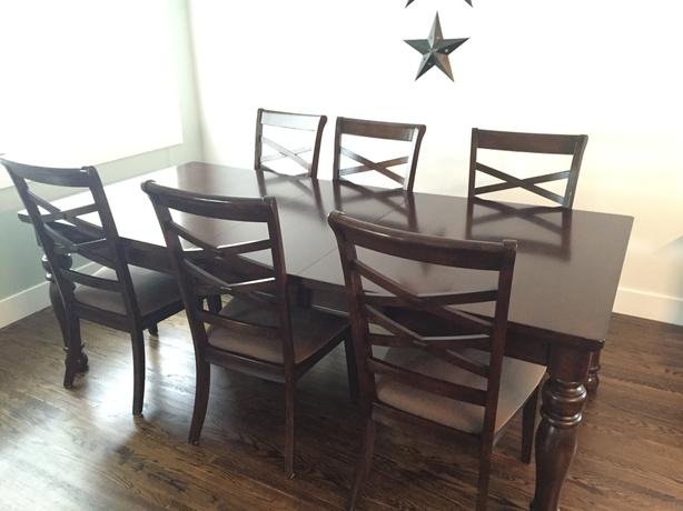Dining room set: table with leaf, 6 chairs