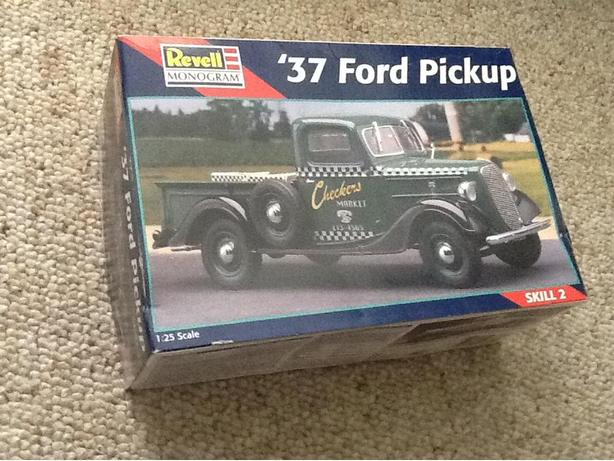 REVELL / MONOGRAM (1937) '37 FORD PICKUP TRUCK MODEL KIT (SEALED)